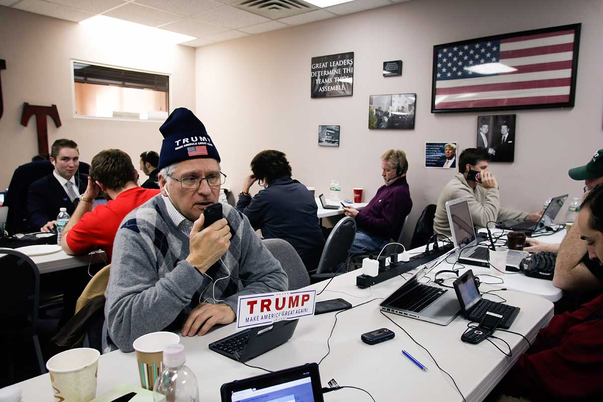 Volunteers for Trump.